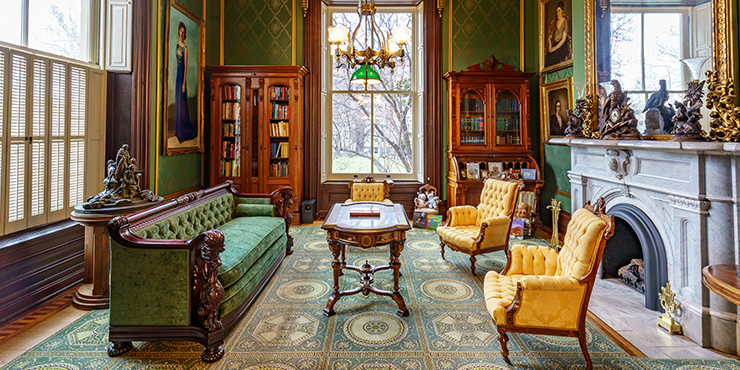 Library in the Mansion